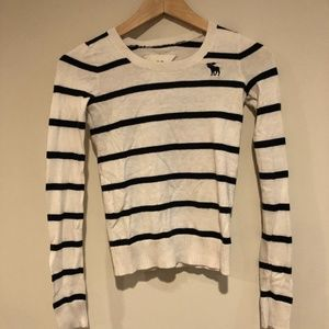 Striped navy and white Abercrombie long sleeve top